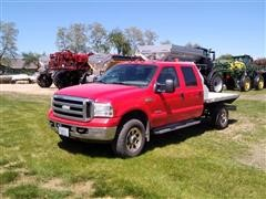 2007 Ford F350XLT Super Duty 4x4 Crew Cab Flatbed Pickup