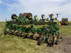 John Deere 845 Row Crop Cultivator