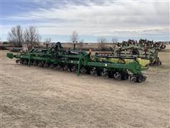 2013 John Deere 1720 16R30 Planter