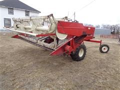 International 4000 Self Propelled Windrower W/14' Draper Header