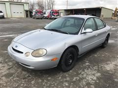 1997 Ford Taurus GL 2WD 4 Door Sedan
