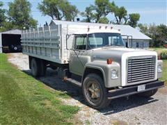 1975 International 1600 Loadstar Grain Truck