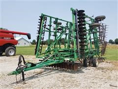 Great Plains 8328 Discovator