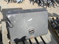 Montezuma Slant Lid Tool Box