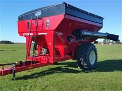 2017 E-Z Trail 870 Grain Cart