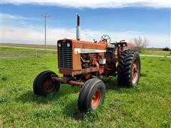 International 856 2WD Tractor