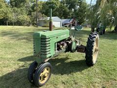 1940 John Deere H Row Crop 2WD Tractor