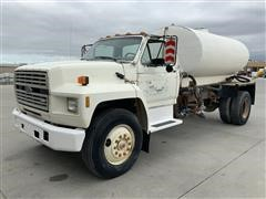 1990 Ford F700 LP Powered Tanker Truck