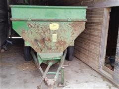 John Deere 68 Feeder Wagon