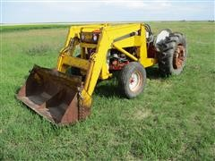 Ford 560/561 2WD Tractor