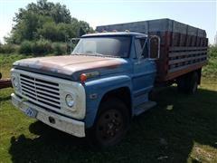1969 Ford F600 Grain Truck