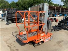 2000 JLGSP12 Push-Around Vertical Manlift