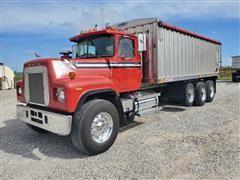 1985 Mack RS686LS Tri/A Grain Truck