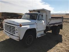 1979 Ford F700 Dump Truck