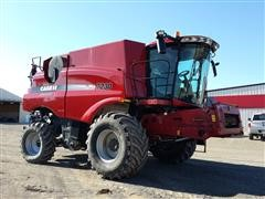 2013 Case International 7230 Combine