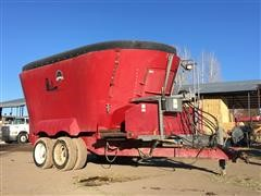 2013 Supreme 1200T Vertical Feed Mixer