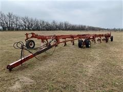Wil-Rich 2900 9-Bottom Moldboard Plow