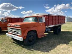 1961 Chevrolet C60 Grain Truck