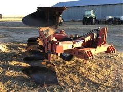 Case IH 165 7-Bottom Roll-Over Plow