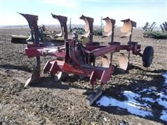 Case IH 165 5 Bottom Spinner Plow