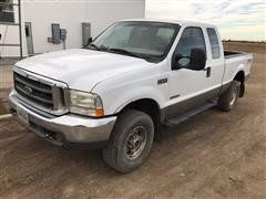 2004 Ford F-250 4x4 Extended Cab Pickup