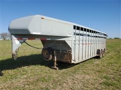 2004 Hillsboro T/A Livestock Trailer