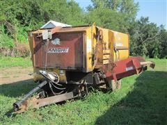 Knight RA2300 Feeder Wagon