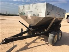 1999 Adams Fertilizer Spreader