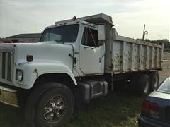 1984 International F2574 T/A Dump Truck
