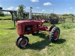 Farmall B 2 WD Tractor