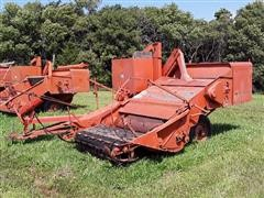 Allis-Chalmers All-Crop 72 Pull-Type Combine