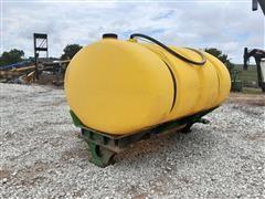 2009 John Deere 600-Gallon Fertilizer Tank w/ Pumps & Regulator