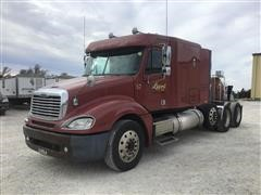 2005 Freightliner Columbia Tri/A Truck Tractor