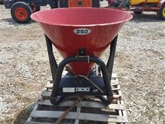 Farm Star 250 3-Pt Spreader