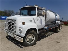 1978 Ford L7000 S/A Flatbed Water Truck