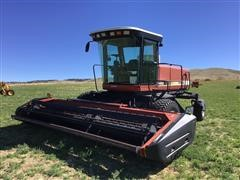 2000 Hesston 8450 Windrower
