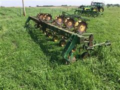 John Deere 825 8R30 Row Crop Culitvator