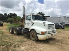 1992 International 8200 T/A Parts Truck Tractor