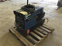 Miller AEAD-200 LE Welder/generator