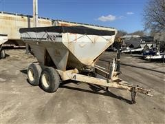 Willmar 500 T/A Dry Fertilizer Spreader
