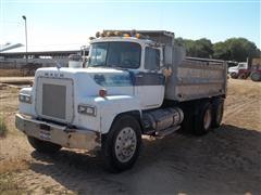 1986 Mack RS688LS Dump Truck