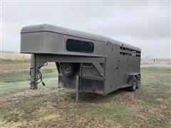 1994 TravAlong T/A 3-Horse Trailer