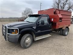 2005 Ford F350 4x4 Feed Truck