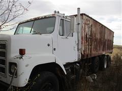 1979 International F2275 Straight Truck