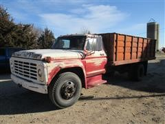 1973 Ford F-600 2 Ton Grain Truck
