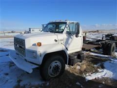 1988 Ford F-700 Cab & Chassis