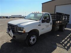 2003 Ford F-550 Flatbed Pickup