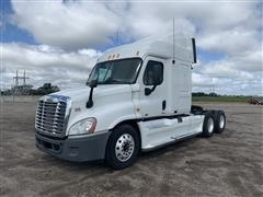 2011 Freightliner Cascadia T/A Truck Tractor