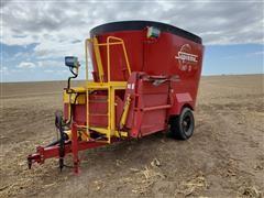 Supreme 700T Feeder Wagon