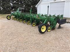 John Deere 886 8R36 Row Crop Cultivator